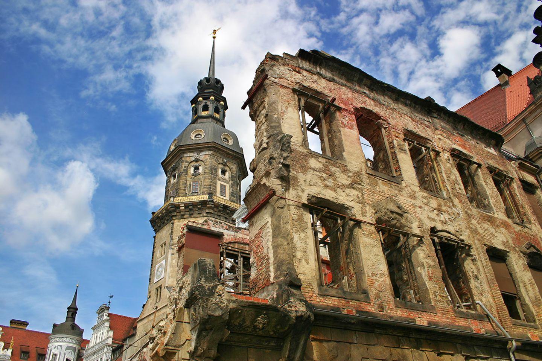 Zerstörte Stadt nach dem zweiten Weltkrieg