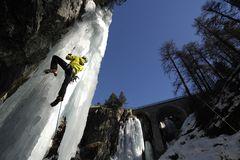 Eisklettern, Schlucht von Pontresina, Engadin, Schweiz,