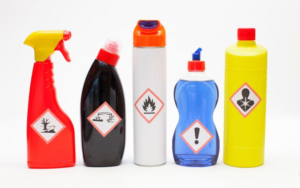 Chemische Reiniger