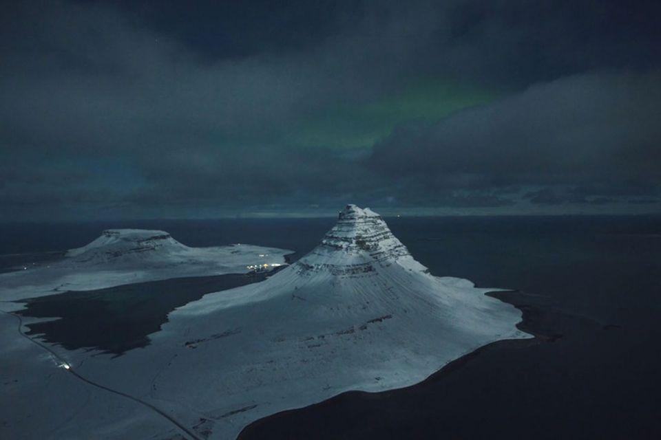 Island bei Vollmond