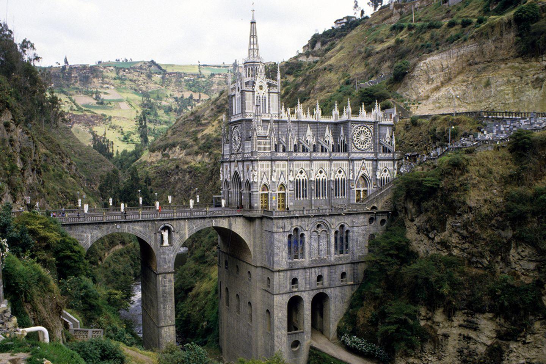 Las Lajas miracle church