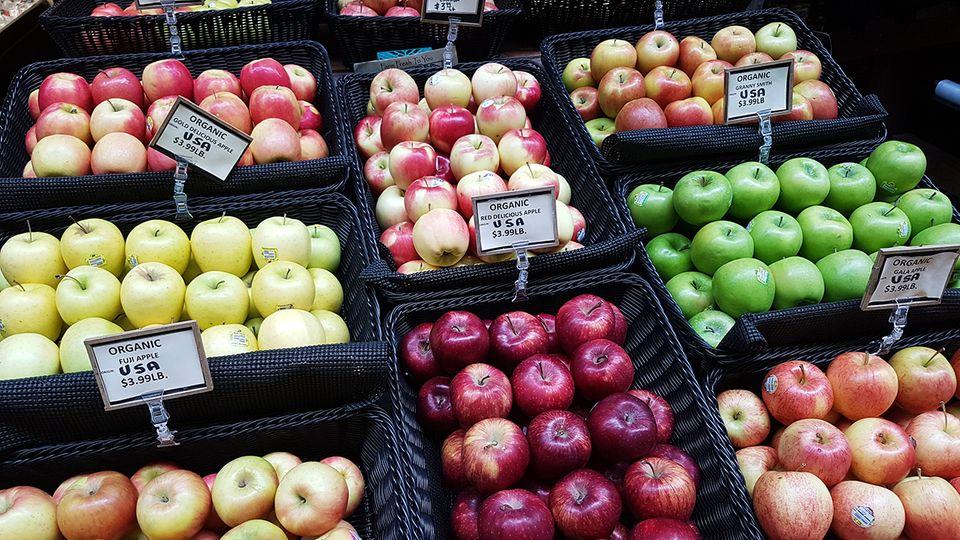 Äpfel auf dem Farmers Market im Ferry Building