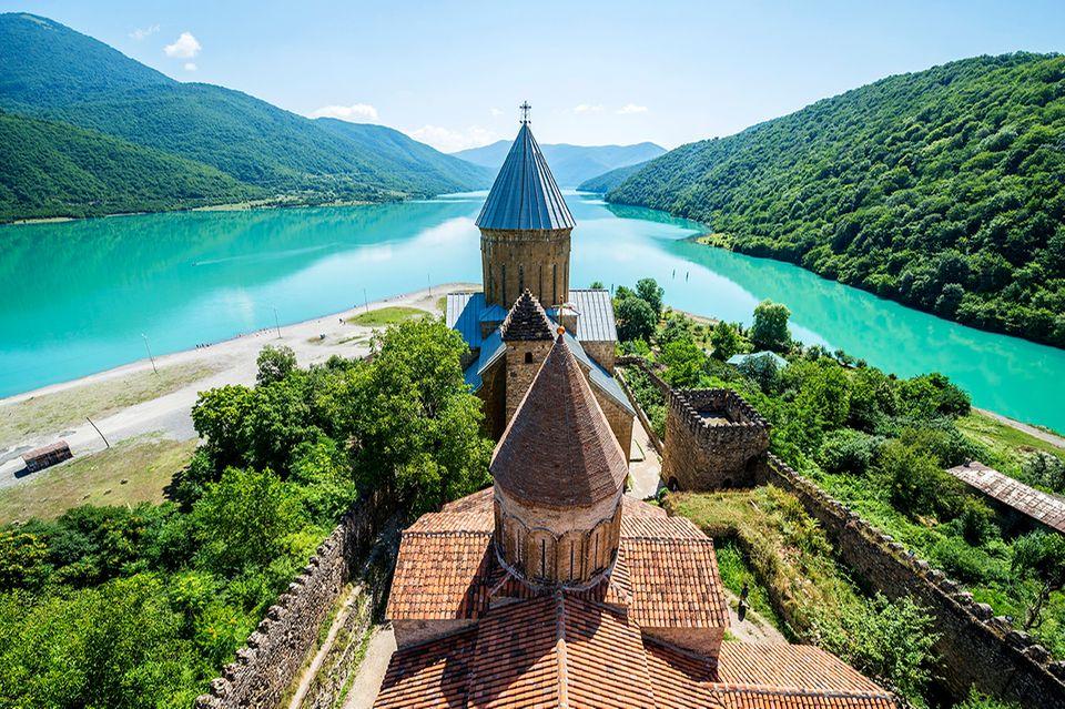 Burg Ananuri