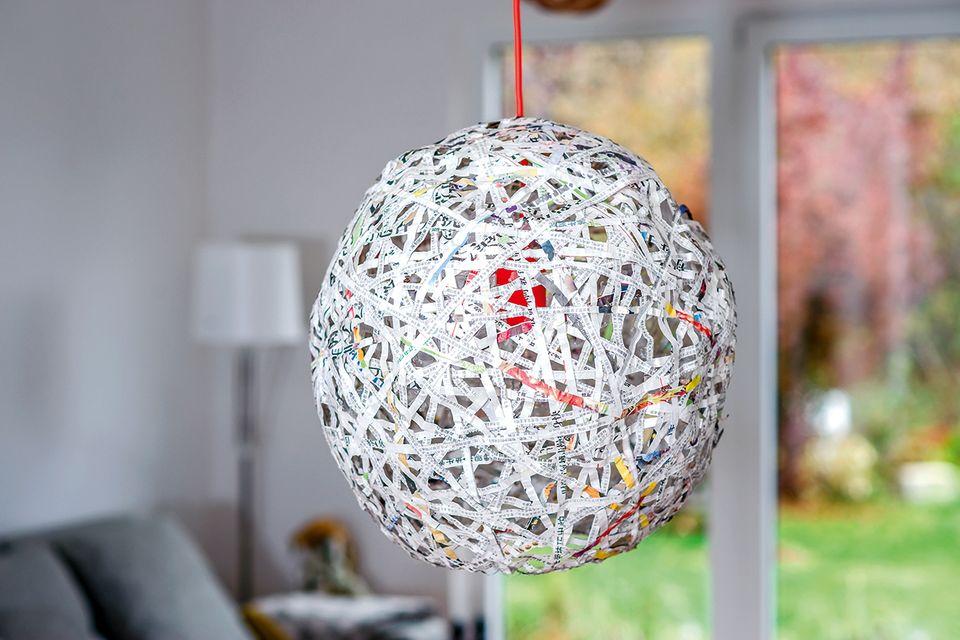 Upcycling Lampe aus Papier