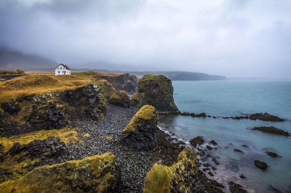 Island, Arnarstapi