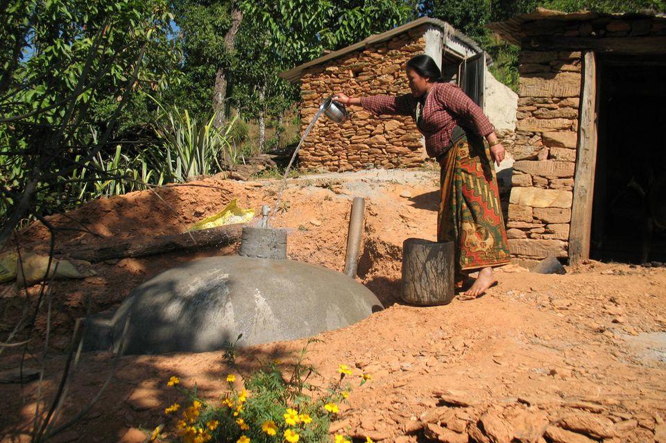 Nepal: Minderung des Drucks auf den Wald und Verbesserung der Lebensbedingungen in Sankosh