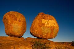 Devil's Marbles Rocks