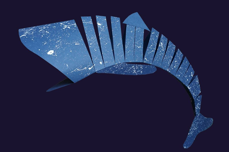 Walhai aus blauem Papier