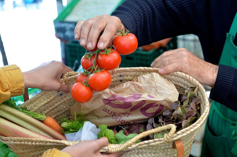 Tomatenverkauf auf dem Markt