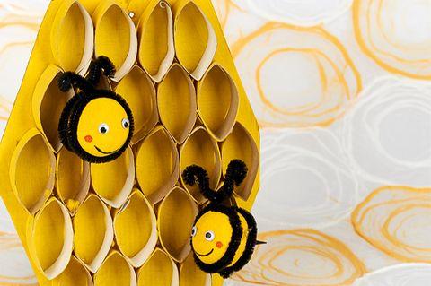 Bienen Wabe aus Klorollen