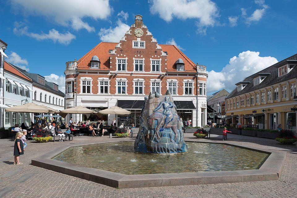 Marktplatz in Hostebro, Jütland
