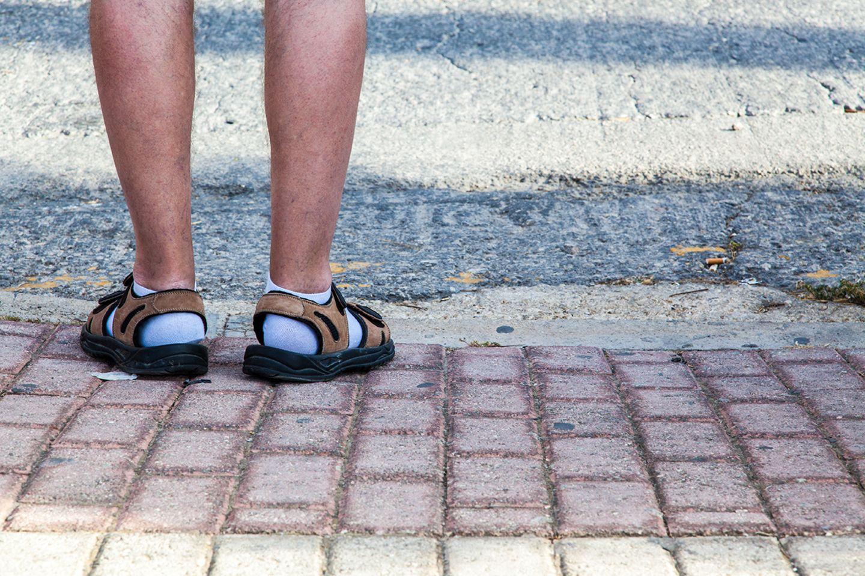 Socken sandalen und Socken in