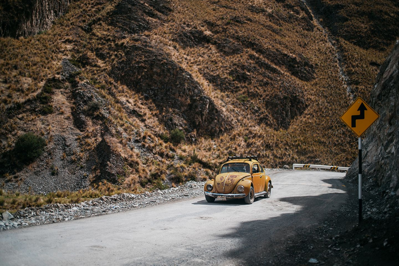 Alter Käfer auf den Straßen von Peru