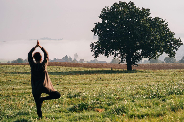Yoga mit Blick auf die Schrammsteine
