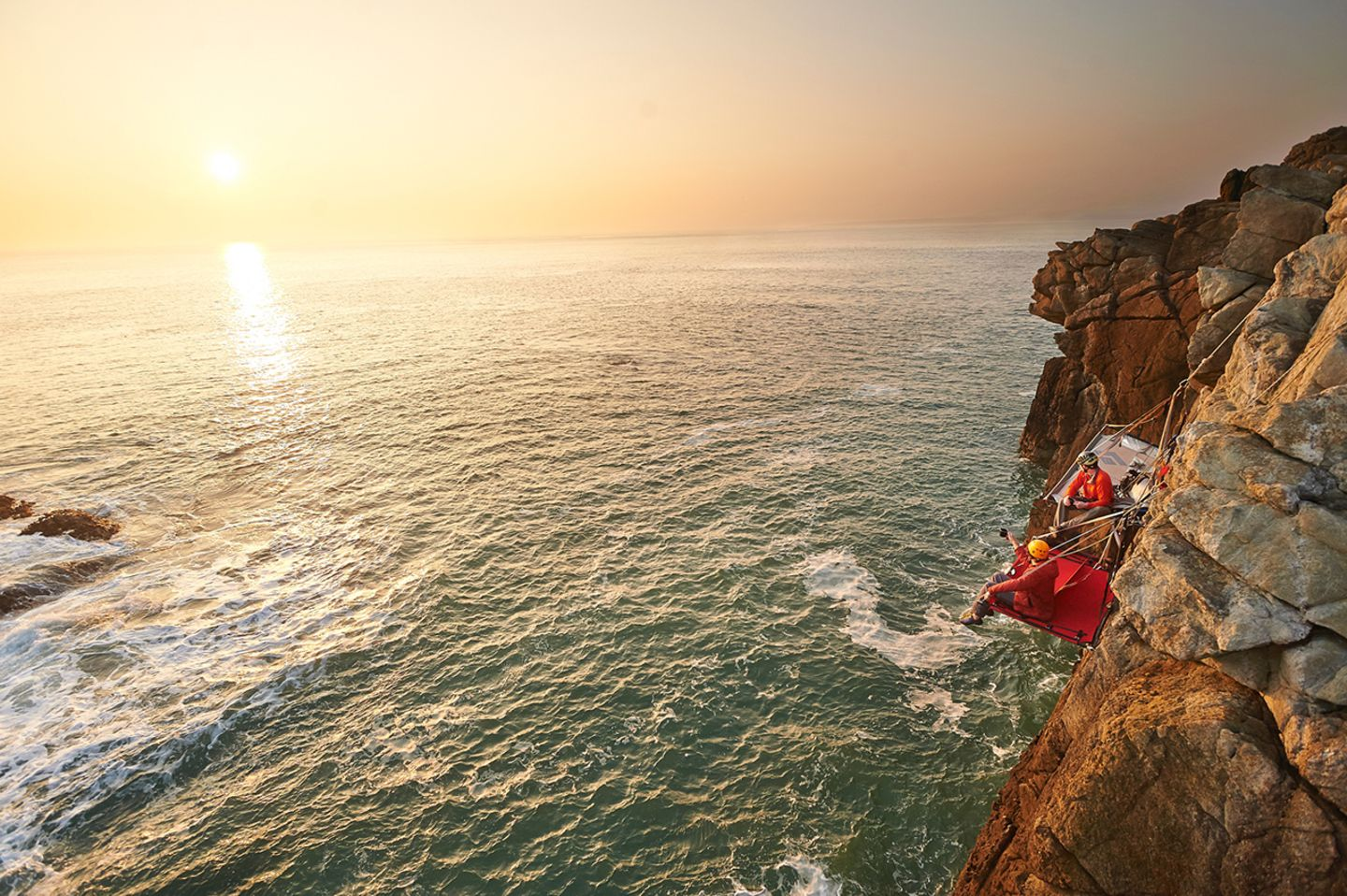 Cliff Camping, Wales