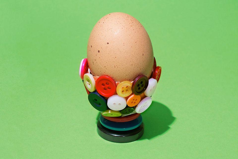 Knopf Eierbecher