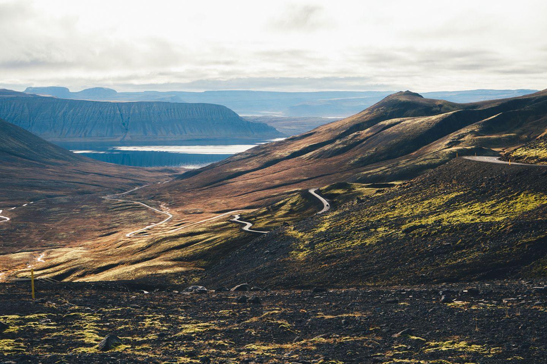 Serpentinen auf Island