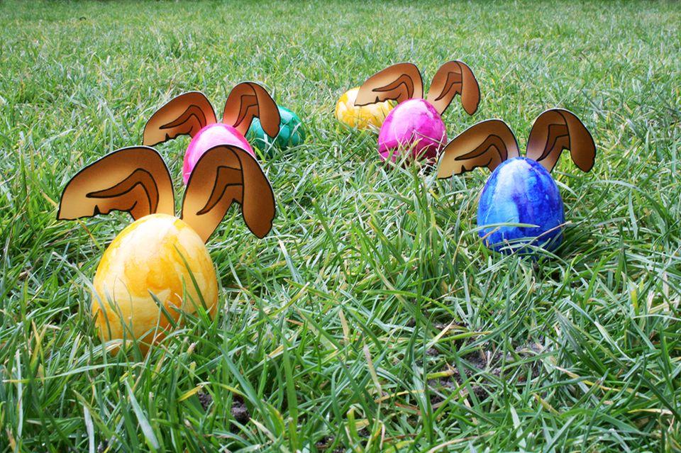 Ostereier im Gras