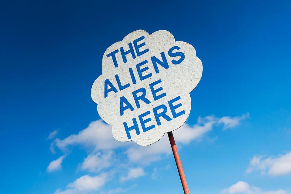 Die Aliens sind da