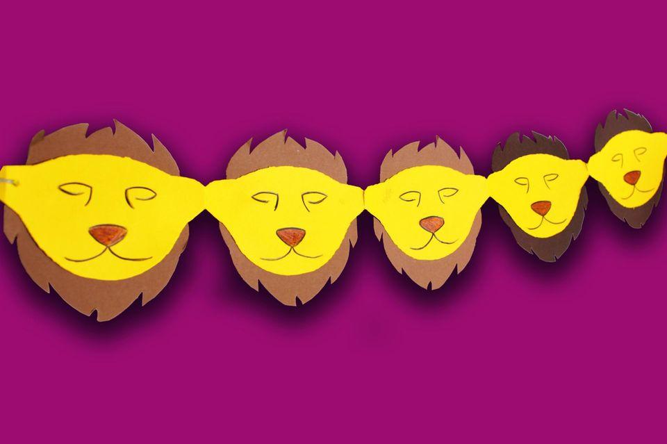 Löwen-Girlande