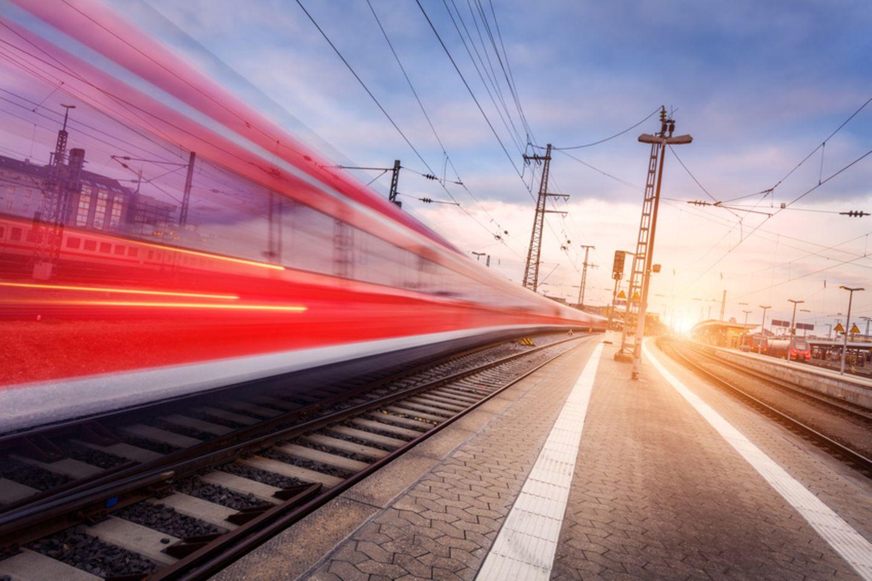 Ein Zug der Bundesbahn