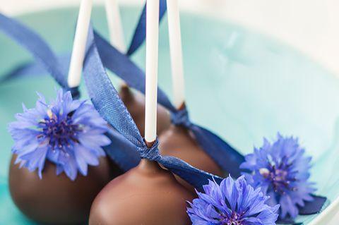 Blüten-Cake-Pops