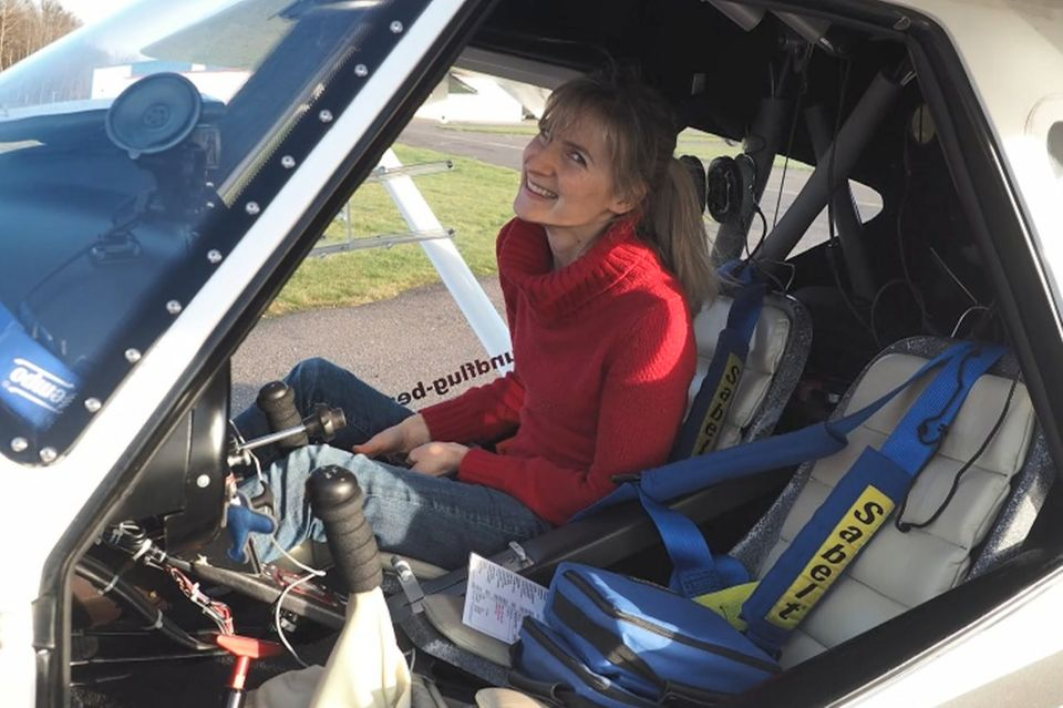 Verena im Ultraleichtflugzeug