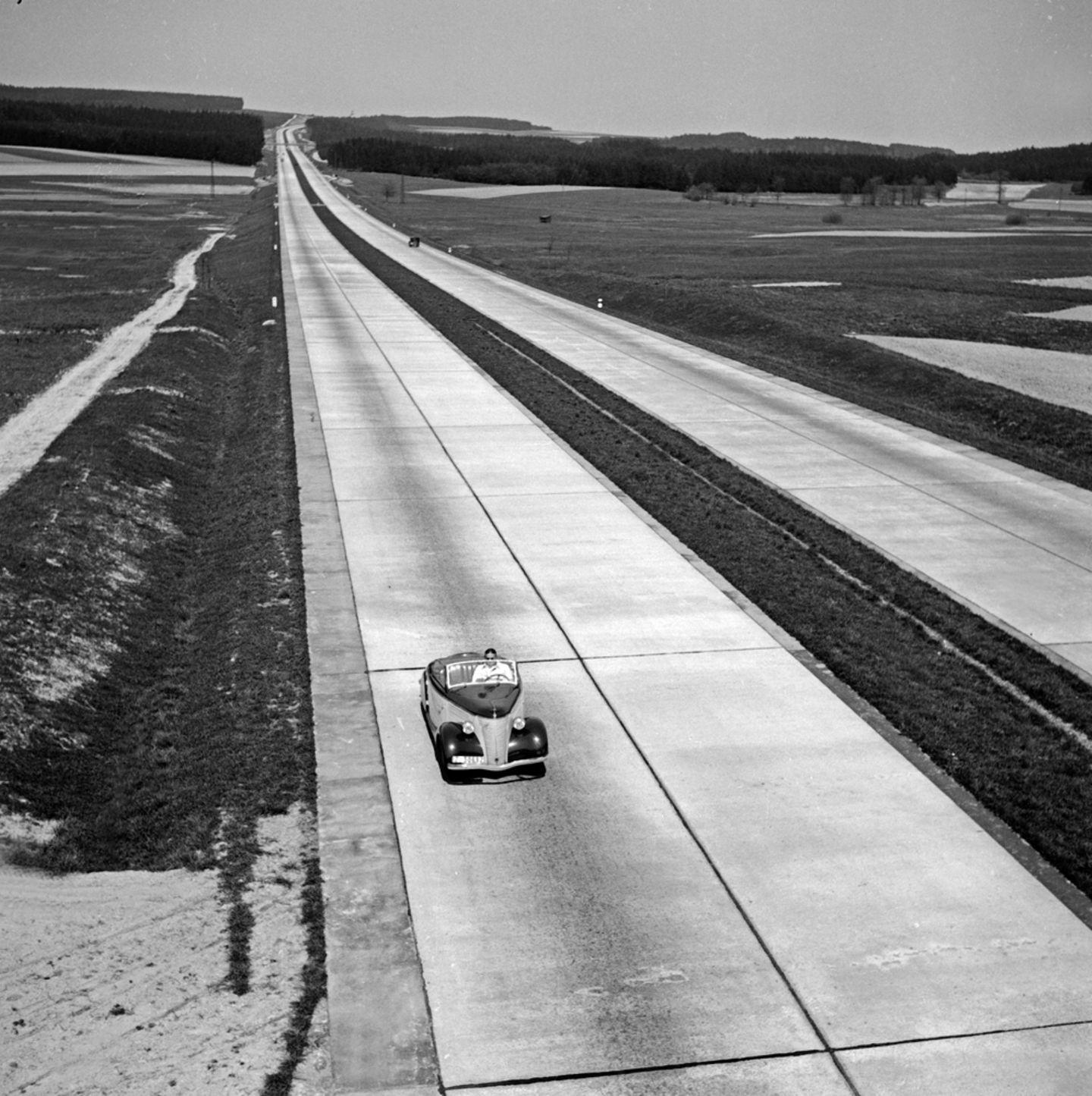 Verwaiste Autobahn
