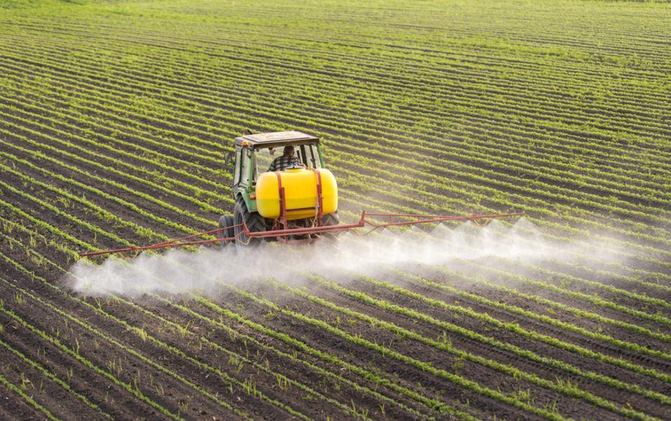 Feld, Pestizide