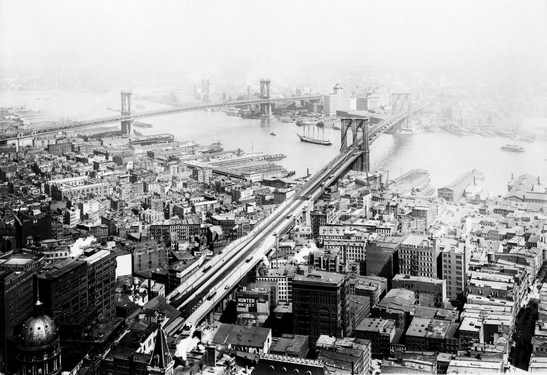 Brooklyn Bridge, 1916