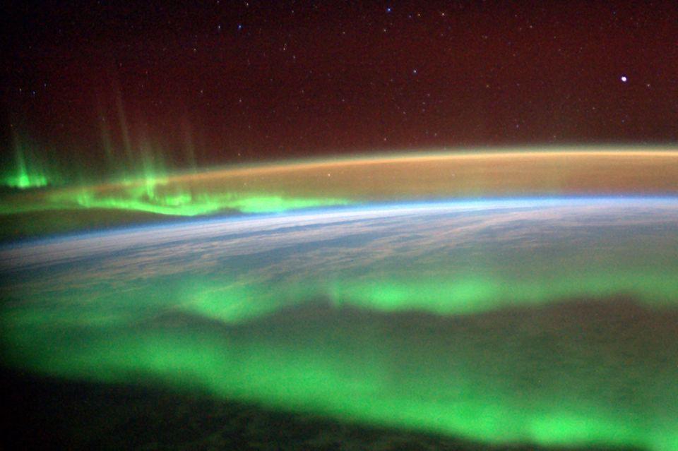 Die Erdatmosphäre aus dem All