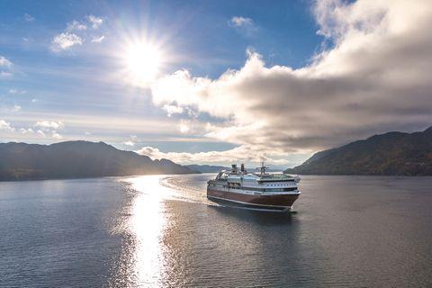 Gewinnspiel: Durch die Fjorde Norwegens zu fahren, ist für viele ein Reisetraum, den Sie sich vielleicht bald erfüllen dürfen