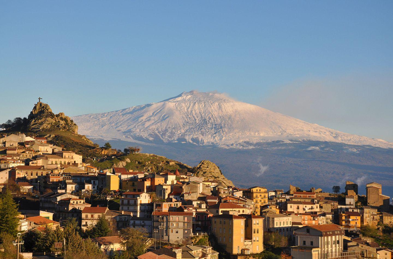 Cesaro, Sizilien