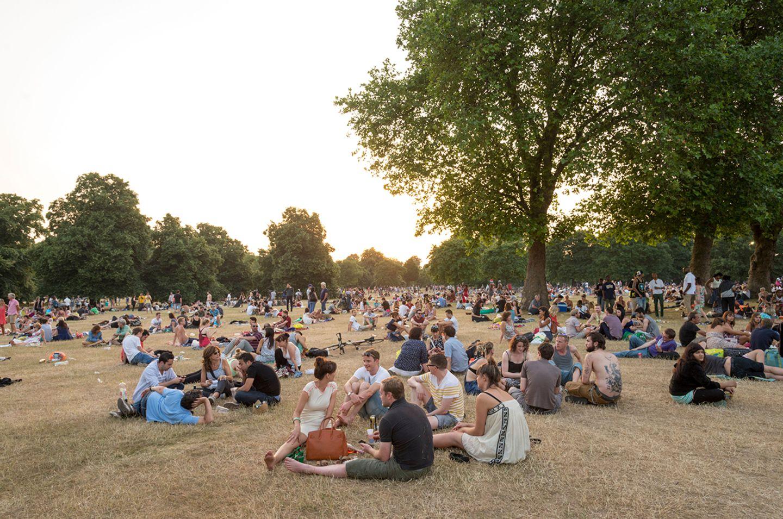 Menschen im Hyde Park