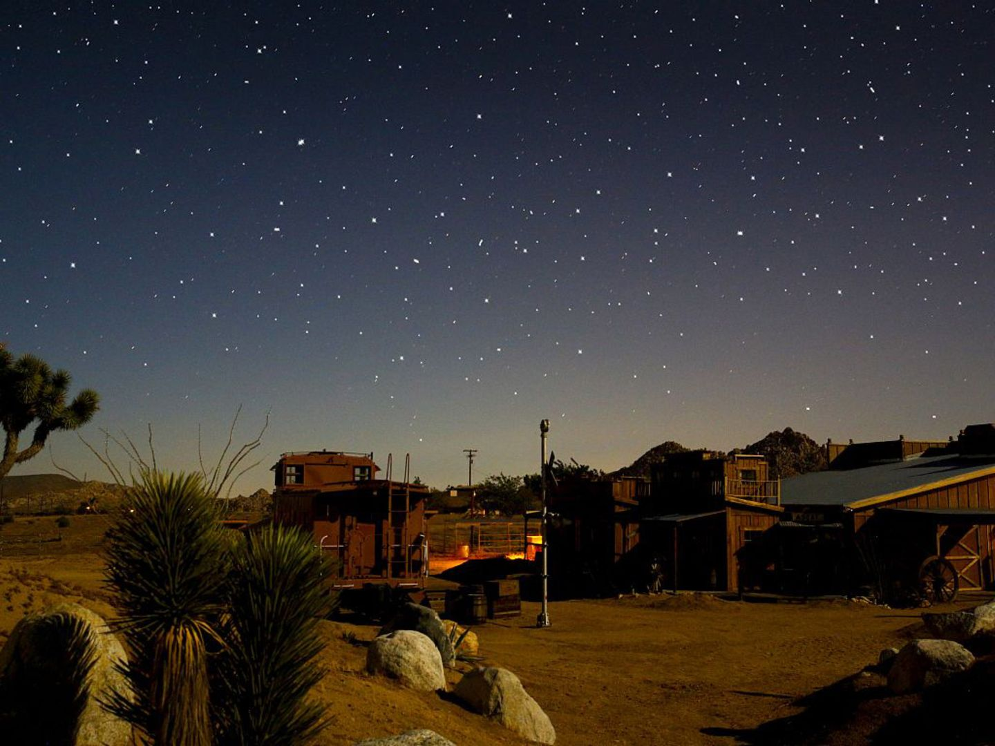 Stargazing Desert Retreat