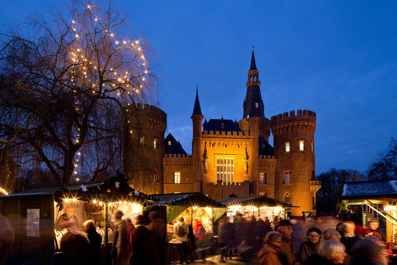 Schloss Moyland im Winter