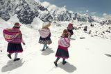 Die Q'ero durchqueren die Anden