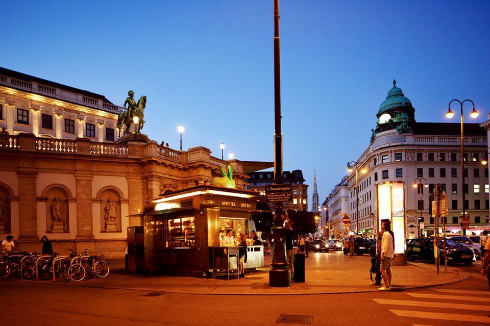 Wien, Würstelstand Horvath