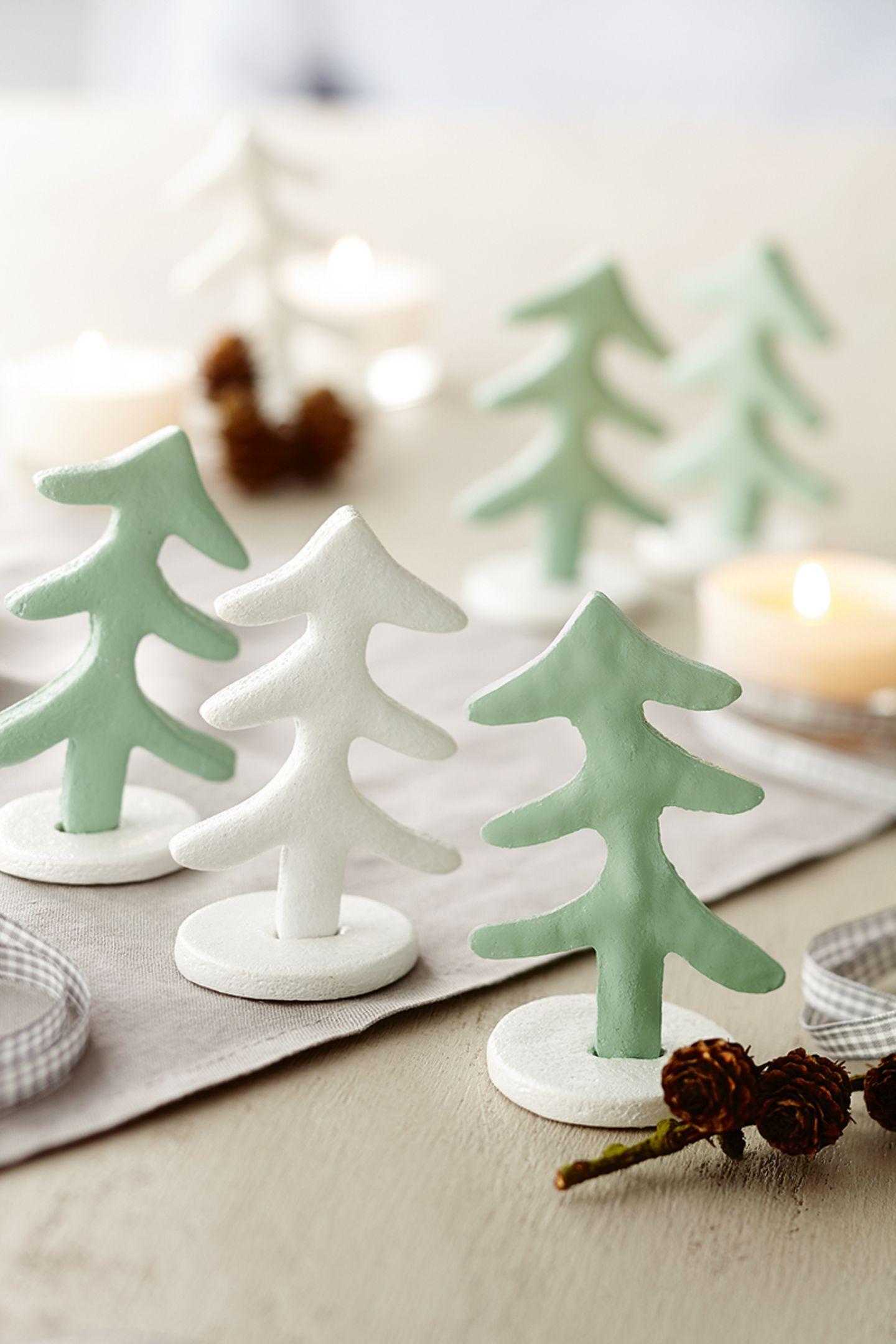 Weihnachtsbäume aus Salzteig