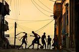 Straßenfußballer, Santiago de Chile, Kuba