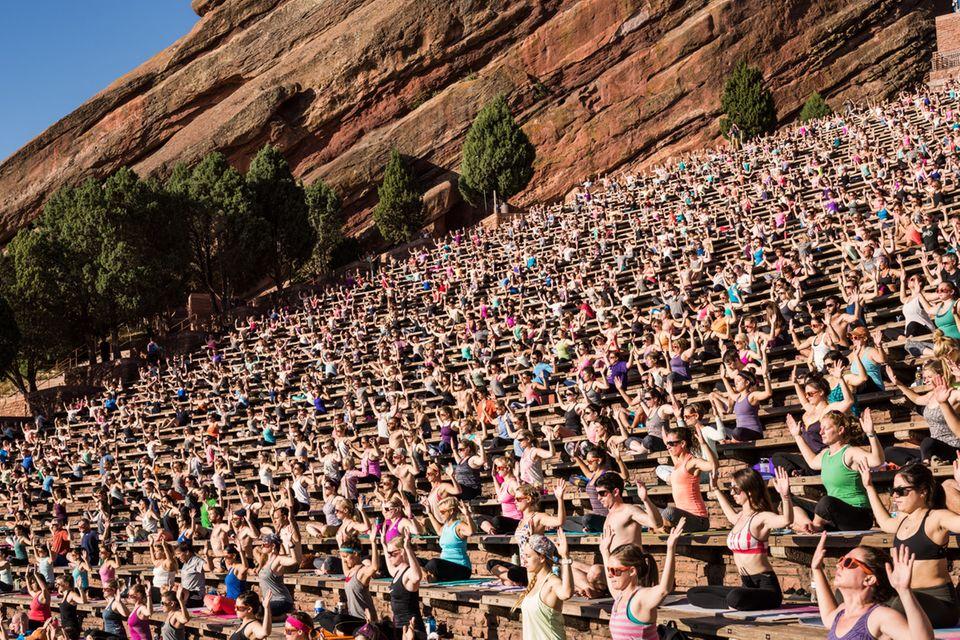 Im 21. Jahrhundert ist Yoga ein globales Geschäft geworden