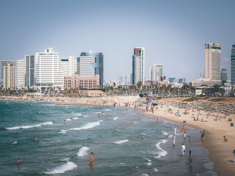 Blick auf Tel-Aviv mit Strand