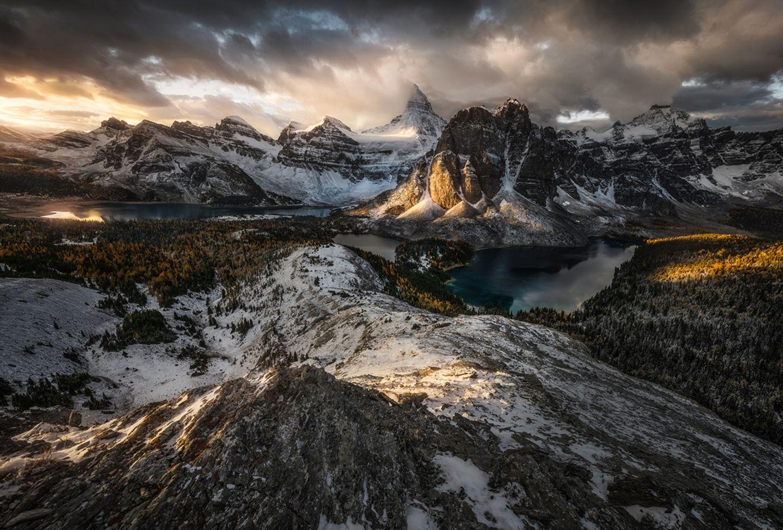 Mount Assini-boine