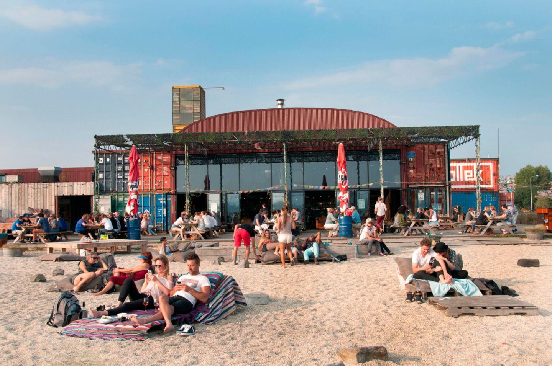 IJ Port NDSM Werft in Amsterdam