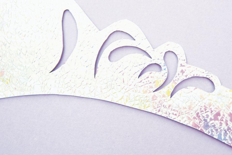Krone basteln aus Papier