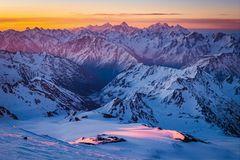 Explosion der Farben im Kaukasus Gebirge