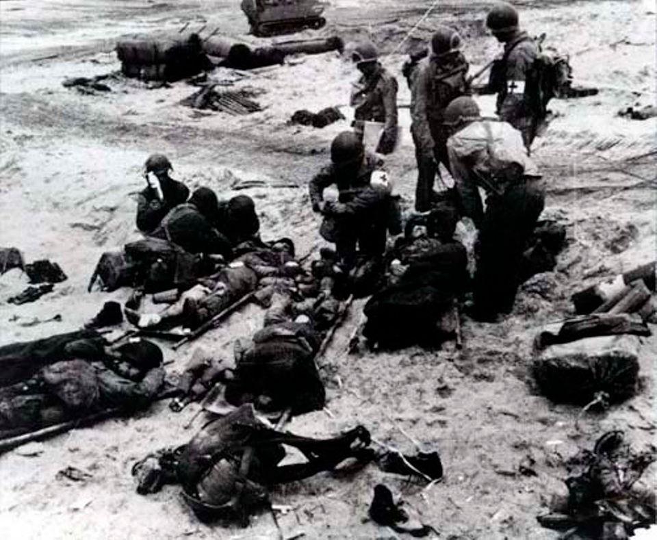 Die Versorgung Verletzter, D-Day, 1944