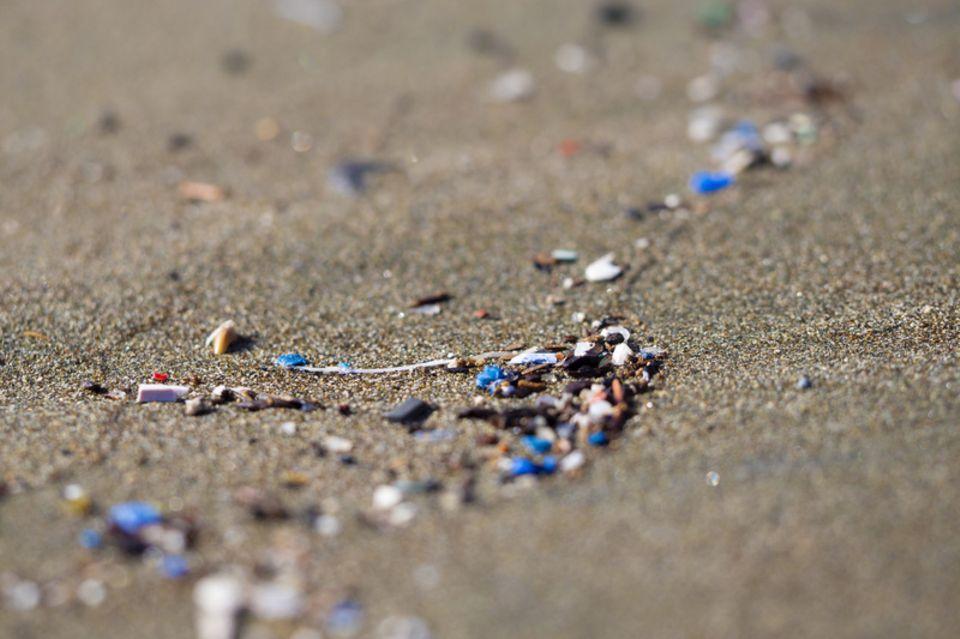 Mikroplastik am Strand