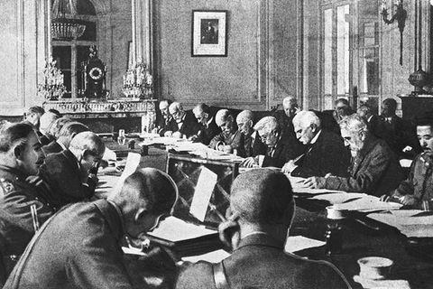 Sechs Monate lang verhandeln die Alliierten 1919 in Paris