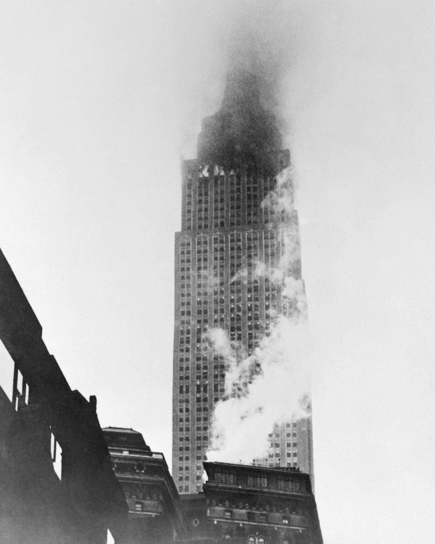 Empire State Building, 1945